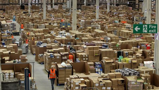 amazon tightens the screws on german manufacturers fostec talks to the wall street journal. Black Bedroom Furniture Sets. Home Design Ideas