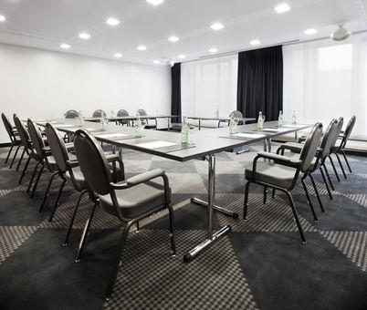 FOSTEC-Boardroom-Moevenpick-Stgt